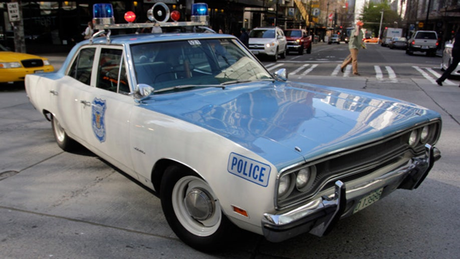 2873c1cf-Vintage Police Car