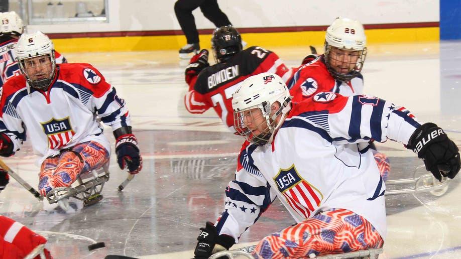 us_canada_sledhockey_2