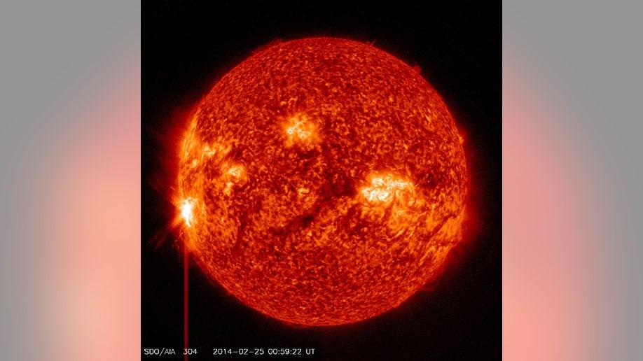 Sun unleashes monster solar flare, biggest of 2014 | Fox News