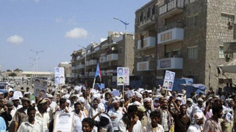 752062c4-YEMEN-PROTESTS