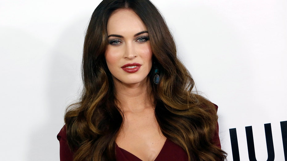 Megan Fox shuts down rumors she spread anti-mask message on social media: 'The internet is fun'