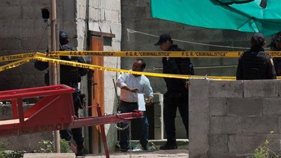 The pictures of El Chapo's cinematographic escape