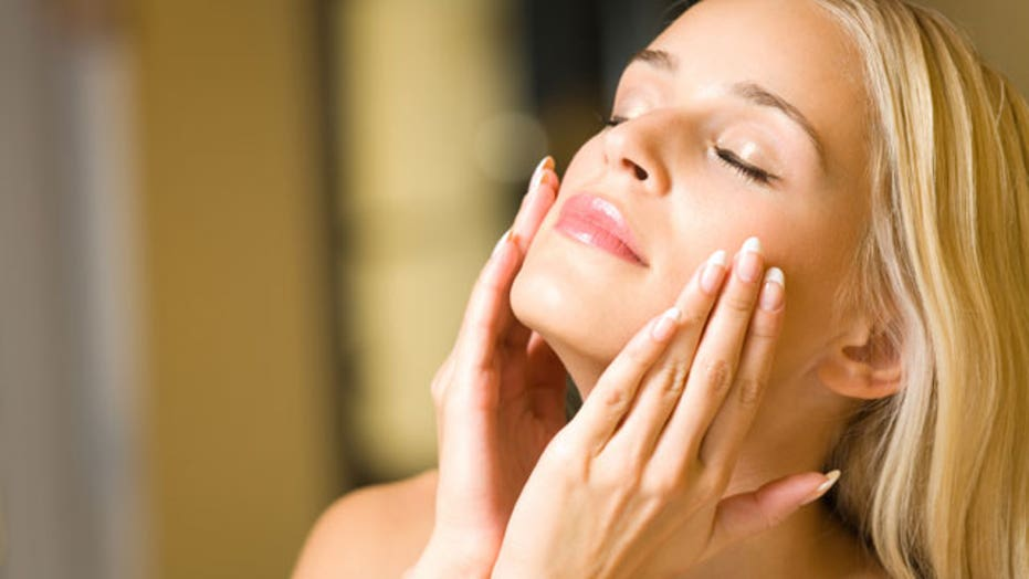10 habits that are ruining your skin