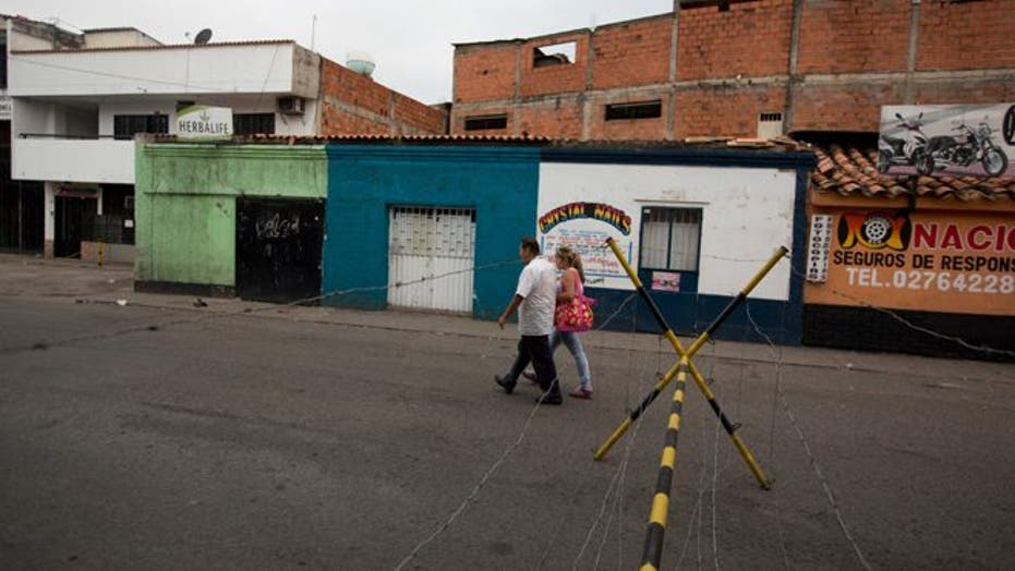 In face of crisis, Venezuelans sneak into Colombia for medical treatment