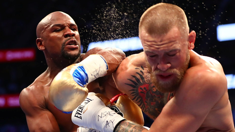 Floyd Mayweather Jr. takes swipe at Conor McGregor after his injury