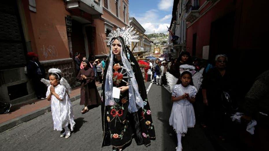 Pope Francis soaks in Ecuador's indigenous traditions