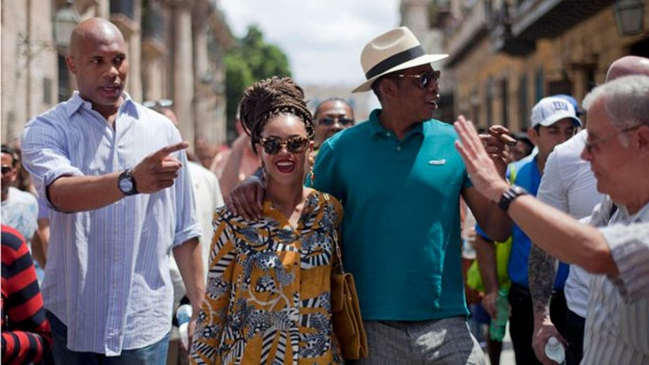 Beyonce and Jay-Z Visit Cuba Evoking Bonnie & Clyde
