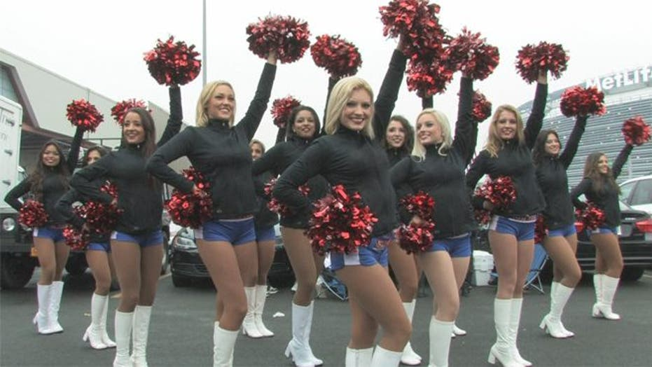 Meet the Gotham City Cheerleaders, New York City's free agent rooters