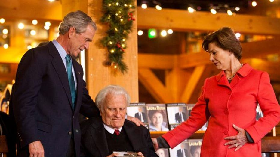 Billy Graham Meets With George Bush at Book Signing