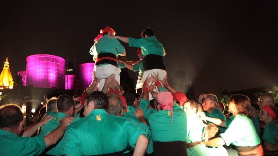 Human Towers Pop Up All Over NYC
