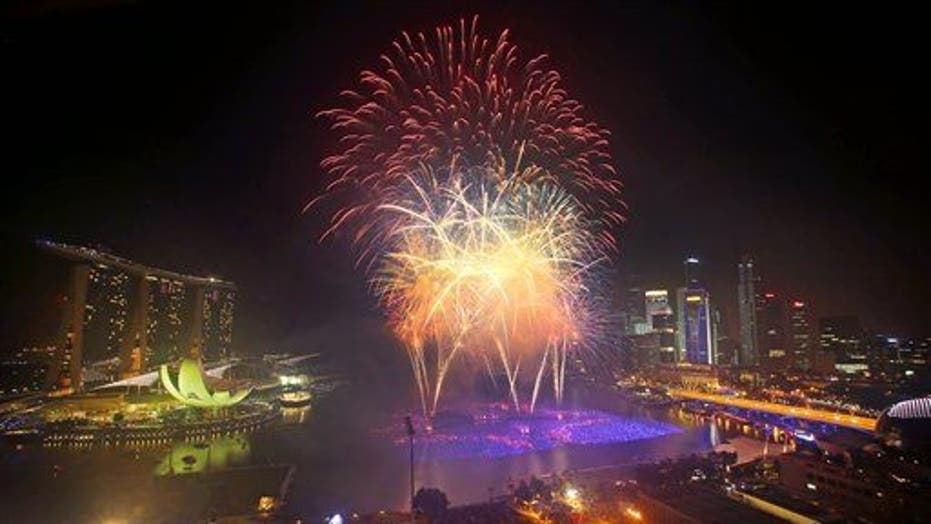 Best Pix From Around The World Celebrating New Year's Eve 2014