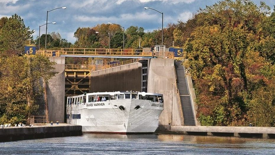 Blount Small Ship Adventures is great for leaf-peeping cruisers