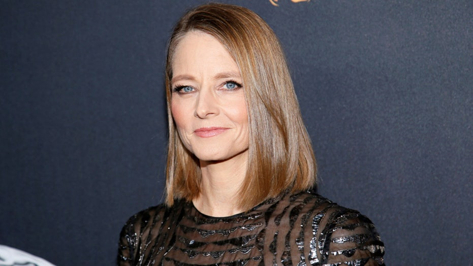 Jodie Foster addresses rumor she introduced co-star Shailene Woodley to fiancé Aaron Rodgers