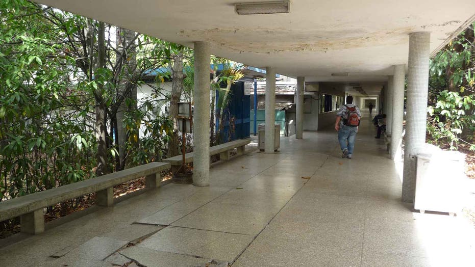 Decay and government neglect: Tough lessons at Central University of Venezuela