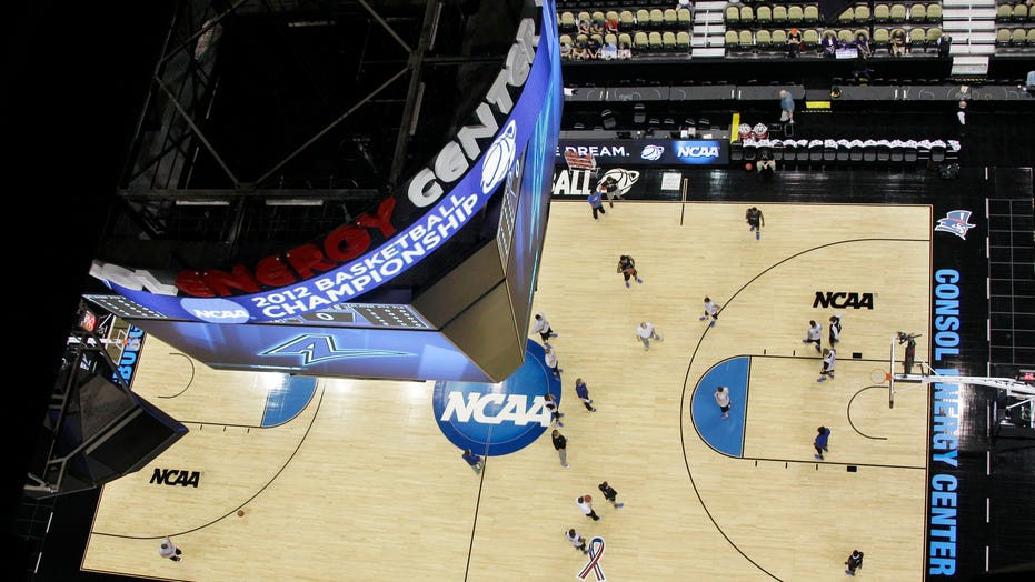 March Madness 2021: What to know about the men's and women's basketball tournaments