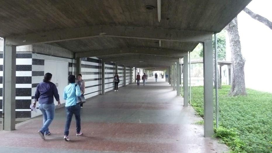 Strike puts 300K Venezuelans undergrads on hold