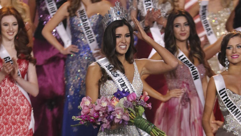 Miss Universe crown goes to Colombia