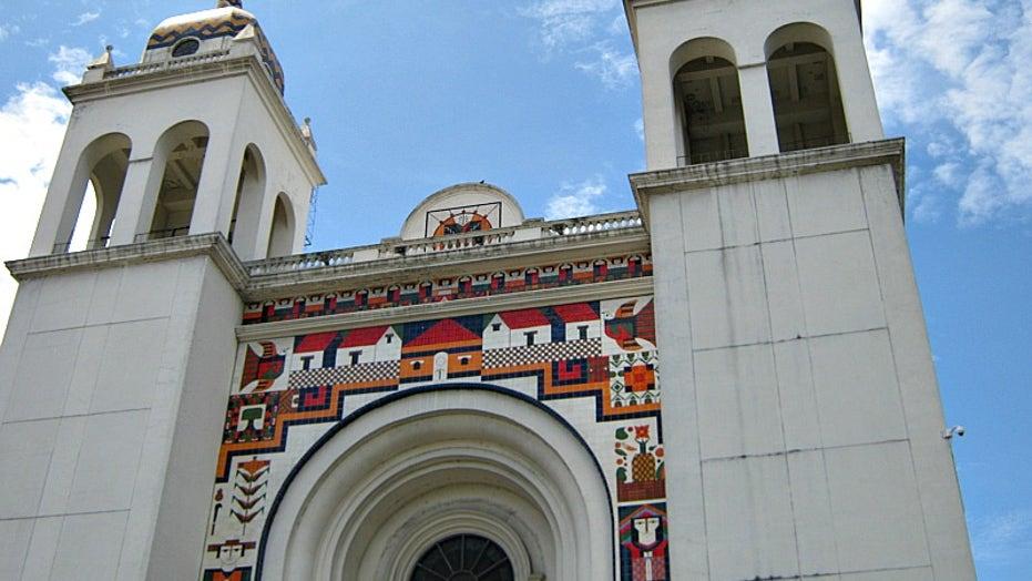 Destruction of Historic Salvadoran Church Facade