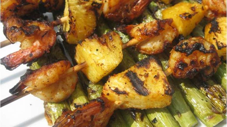 Recipe: Spanish Grilled Shrimp over Asparagus