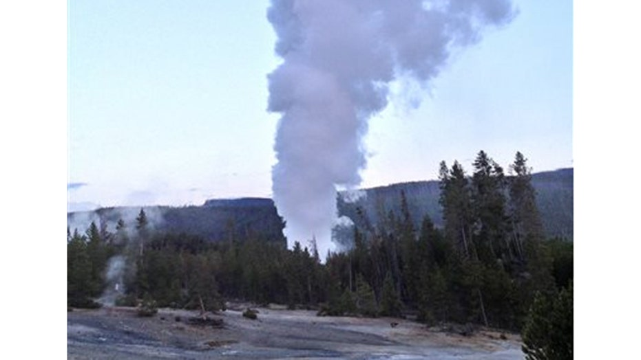 Reawakened Yellowstone geyser won't predict the volcanic 'big one,' scientists say