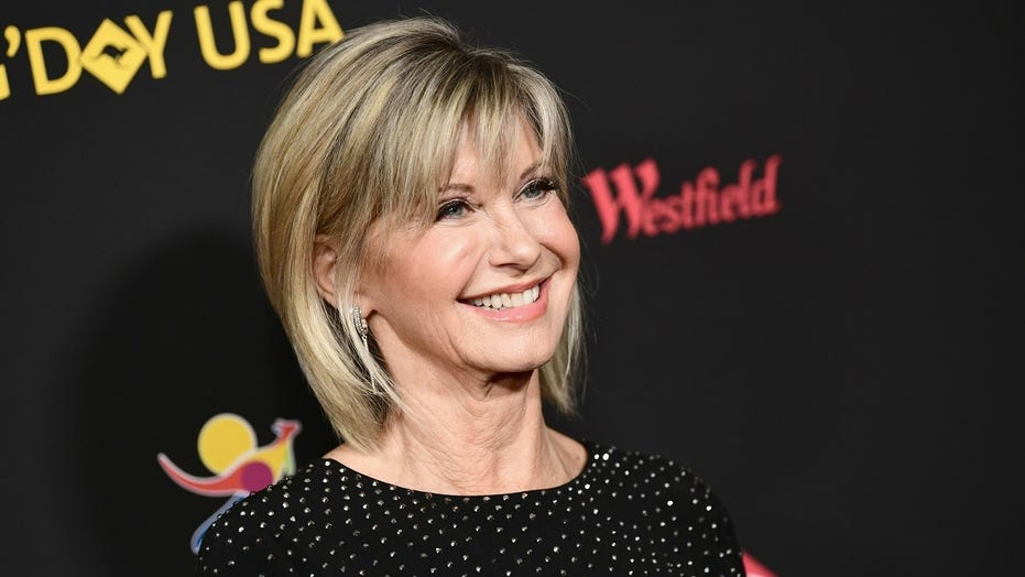 Olivia Newton-John tearfully talks breast cancer diagnosis: 'I knew immediately something was wrong'
