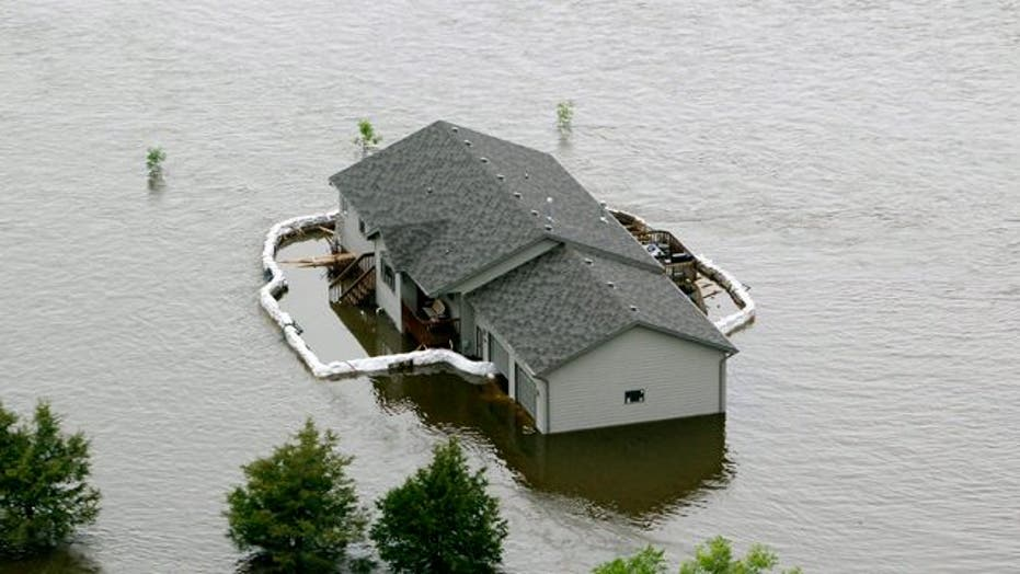 Severe Flooding in North Dakota Forces Residents to Evacuate