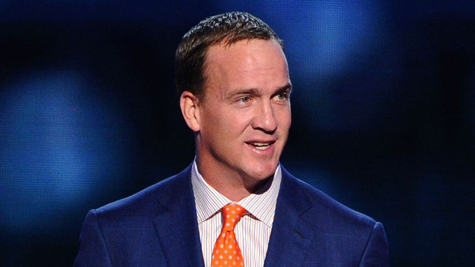Peyton Manning tried writing an apology letter to a referee after cursing him out during a game
