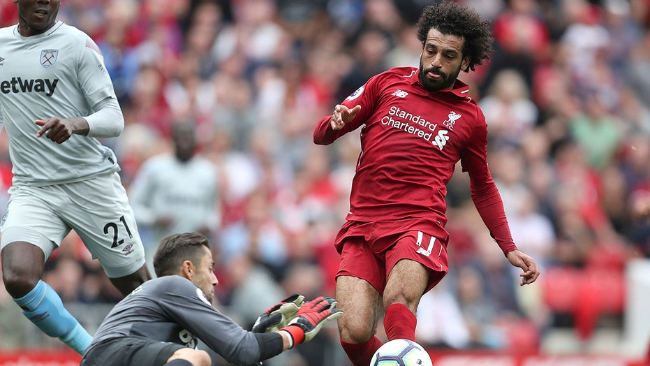 Liverpool star Mo Salah calls on world leaders to resolve Middle East fighting: 'Enough is enough'