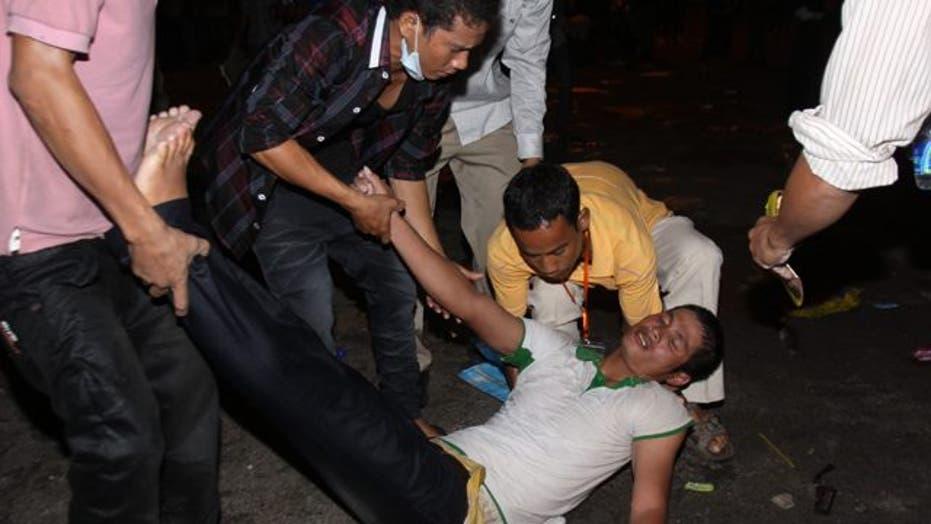 Stampede in Cambodia Kills Hundreds