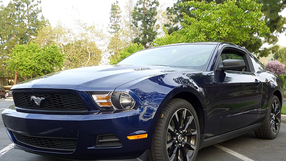 2011 Ford Mustang V6 and GT