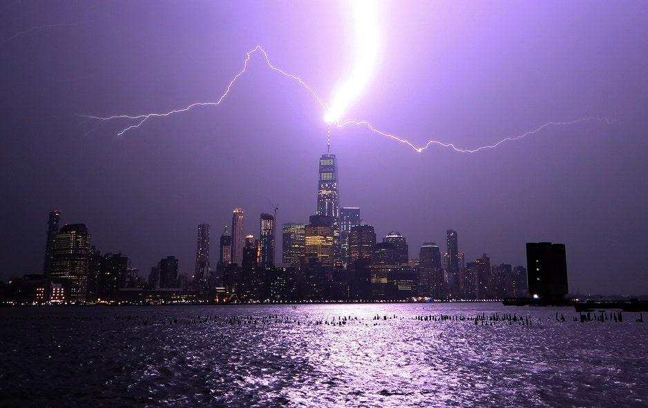 Lightning bolts strike One World Trade Center | Fox News