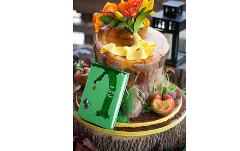 Pleasing Outrageous Wedding Cakes Fox News Funny Birthday Cards Online Alyptdamsfinfo