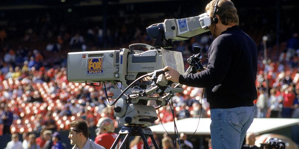 e5d12c9d NFL owners Jerry Jones, Robert Kraft say FOX deal 25 years ago changed  everything | Fox News