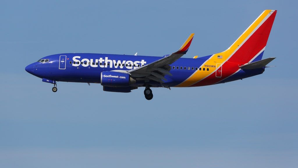 Human heart prompts Southwest flight to beat a hasty retreat
