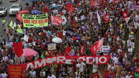 Thousands rally against leading, far-right Brazil candidate