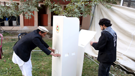 Afghan parliamentary polls underway despite threats