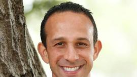 Los Angeles councilman announces departure day after fundraiser