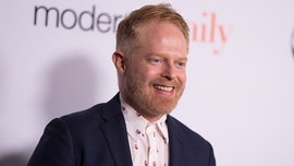 鈥楳odern Family鈥� star Jesse Tyler Ferguson dishes on David Beckham hot tub scene: It was 鈥榬eally intense鈥�