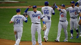 Dodgers top Brewers to even NL championship series