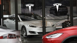 Tesla says full tax credit will be available on cars ordered by Oct. 15