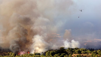 700 firefighters battle massive wildfire that forced hundreds of evacuations in Portugal