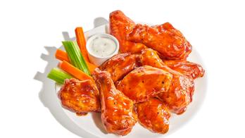 Buffalo Wild Wings releases pumpkin spice chicken wings, angers Twitter