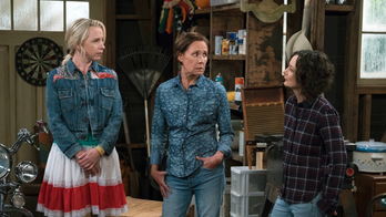 'The Connors' star Lecy Goranson reveals 'mixed feelings' towards Roseanne Barr following series premiere