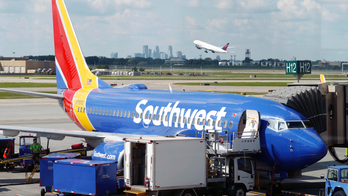 Southwest Airlines jet lands with cracked cockpit windshield: report