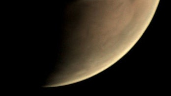 Mysterious cloud over Mars puzzles onlookers, invites conspiracy theories