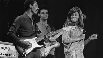 Tina Turner says she attempted suicide during marriage to Ike