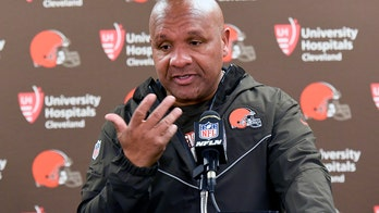 Hue Jackson says Browns gave him contract extension during 0-16 season, says he was 'fall guy' when fired