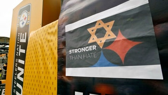 Pittsburgh sports teams pay tribute to synagogue shooting victims