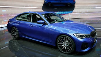 The 2019 BMW 3-Series can drive itself 50 yards in reverse