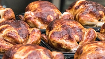 Costco building its own chicken facility to keep up with $5 chicken demand